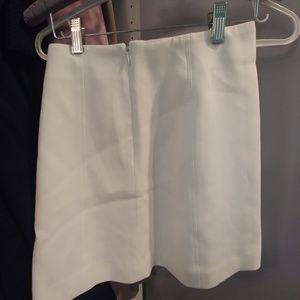 Aritzia Skirts - Aritzia Babaton skirt size 00 in EUc